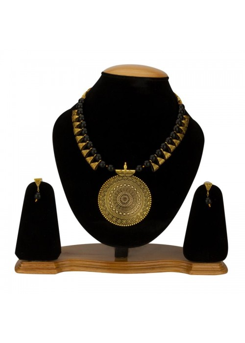 Jewels Galaxy Black Copper Plated Pearl Necklace Set