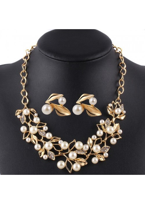Jewels Galaxy White & Gold-Toned Gold-Plated Pearl-Studded Necklace Set 44094
